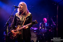 Mudcrutch (Tom Petty) at The Capitol Theater in Port Chester, NY on 6/14/16. (Nick Karp Photography) Tags: tompetty mudcrutch wbr warnerbrosrecords warner warnerbros thecapitoltheatre portchester bowerypresents