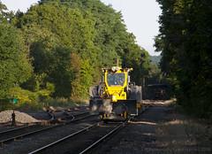 Track Crew @ West Medford (imartin92) Tags: west medford massachusetts mbta massachusettsbaytransportationauthority commuter rail lowell line mow maintenance equipment kershaw ballast regulator