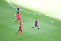 The chase (cchana) Tags: barcelona barelona lfc liverpoolfc liverpool fcb football match players grass wembley game running ball soccer robertofirmino firmino sadiomane sadioman mane man