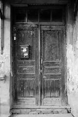 untitled (Anton Zabermach) Tags: nikonfe2 nikkor 50mmf18ai film analog 35mm bw blackandwhite door selfdeveloped microphen