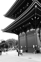 L1000538 (Zengame) Tags: leicat cc creativecommons japan leica summicron summicron235 tokyo  235  t     jp