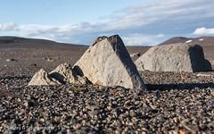 rhyrningar - triangles (Laufey_gs) Tags: hornhorn rhyrningur rhyrningar rocks rock highlands hlendi trail hiking hike iceland hlendi triangles