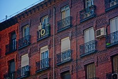20160901_0666 (xof flowers) Tags: architcture madrid
