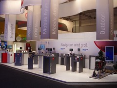 Navigationsgerte Messestand IFA Berlin (Berlin-bleibt-Berlin.de) Tags: international funk messe navi berliner internationale ausstellung wirtschaft kongress ifa messen messestand produkt internationalen funkausstellung internationalefunkausstellung messeberlin ifaberlin kongresse navigationsgert ausstellen messestnde internationalefunkausstellungberlin navigationsgerte kongresseinberlin kongressberlin internationalefunkausstellunginberlin produkteausstellen