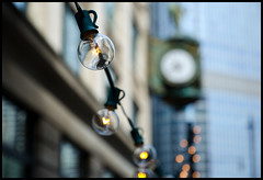 string 'em up (Andy Marfia) Tags: chicago clock lights iso200 loop bokeh outdoor string trumptower jewelersbuilding 11000sec wabashave f53 1685mm nikond7000