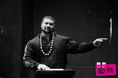 Hump Day Art Talks Wk 3 (Colour Me Fiji) Tags: manukauinstituteoftechnology southauckland pacificart freshgalleryotara leilanikake humpdayarttalks 2012southaucklandpacificartssummit