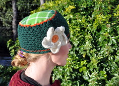 Upcycling Flanel (Kiwi Little Things) Tags: flower hat crochet material fabrics flanel blancketstitch