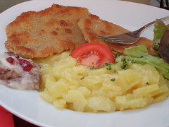 Wiener schnitzel and scalloped potatoes (corsi photo) Tags: food water architecture dinner buildings germany bavaria canal europe nuremberg nürnberg wienerschnitzel scallopedpotatoes