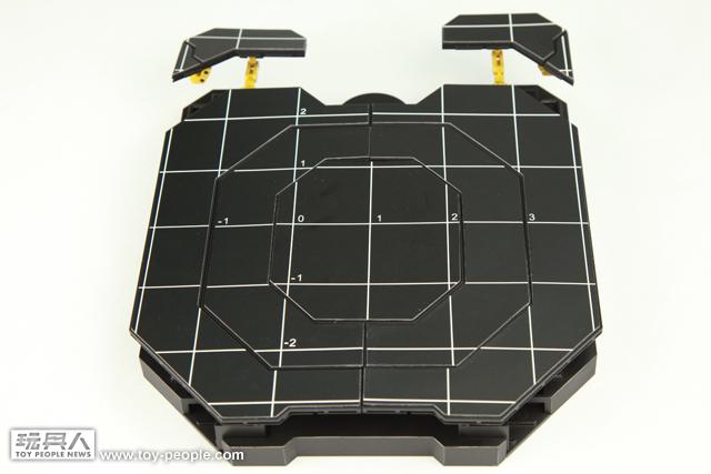 Hot Toys - MMS 160 鋼鐵人2:鋼鐵人馬克4 with 著裝整備台 開箱報告
