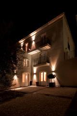 Emma (Ares Lighting) Tags: lighting light house plant lamp wall night garden design balcony emma madeinitaly ares luminaire emmadiam70
