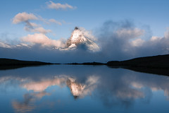 Matterhorn - Stellisee  (Zermatt) - Switzerland (Nonac_eos) Tags: lake alps switzerland day cloudy icon flue zermatt matterhorn alpinelake wallis valais swissnationalday fluhalp stellisee canontse24mmf35lii cervinoreflection