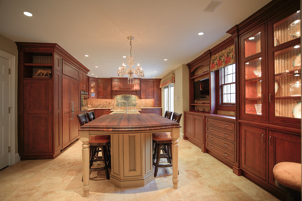 Kitchen Cabinets in Fort Myers, FL