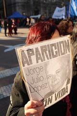 procura (erudnitzki) Tags: argentina buenosaires maes avs madres abuelas missing desaparecidos ditadura dictatorship protest protesto praademaio plazademayo