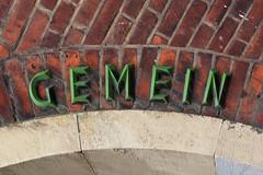 Gemein (Florian Hardwig) Tags: berlin lettering mounted faceted green bricks gwbgpeole guessedberlin