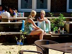 Zomer ; terras Mariapaviljoen, 's-Hertogenbosch . (Franc Le Blanc .) Tags: panasonic lumix terrasje girls summer mariaplaats shertogenbosch candid streetphoto people sit sitting seated