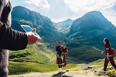 Glan Coe 2016 (Dr.Fuzz) Tags: glencoe scotland highlands bagpipes tourists bideannambian highlander mountain mountains scottish stobcoiresgreamhach biddennambian kilt tartan tourist