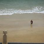 Abrazo en la playa thumbnail