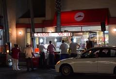 El sabor de la noche (Fotorpemente) Tags: tacos monterrey mexico mxico mjico centro pizzahut