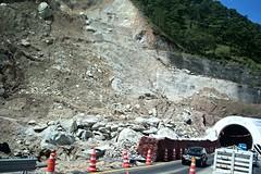 Bloqueo en el Tnel Agua de Obispo (Rubn HPF) Tags: guerrero tunel agua obispo mexico acapulco autopista rio papagayo puente mezcala zapote