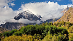 K a r a k o r a m (_Amritash_) Tags: karakoram himalayas himalayanlandscape purtikchey himalayanvillage suru lowersuruvalley suruvalley nunkunmassif massif kun incredibleindia trees colors colorful clouds weather mountains india karakoramrange