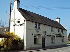 165 The Royal Oak, Hill Ridware. (robertknight16) Tags: locals pubs