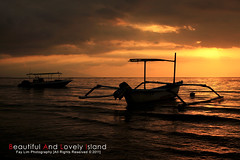 Dawn at Lovina Beach (Fay Lim (Fly)) Tags: sunset sea vacation bali holiday seascape yellow indonesia dawn boat asia ship dusk romantic sillhoutte