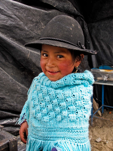 Cute little girl - Quilotoa - Ecuador
