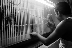 Weaver @ a small house... (Chendur) Tags: india industry scale rural small micro workplace medium weavers tamil tamilnadu industries ngo socialdocumentary handloom ruralindia livelyhood chendur chendurphotography chendurvenkatraman chendurvenkataramanphotography chendurvenkatramanphotography