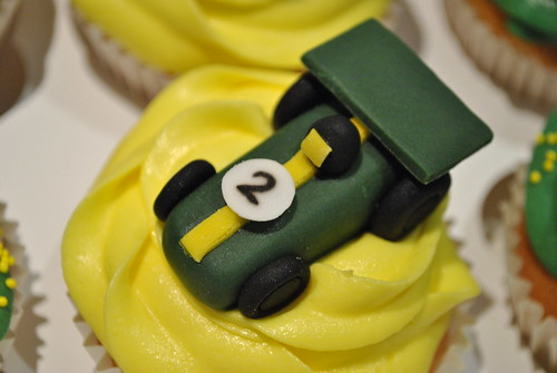 """Lotus themed cupcakes (2) • <a style=""""font-size:0.8em;"""" href=""""http://www.flickr.com/photos/75246959@N05/7474336462/"""" target=""""_blank"""">View on Flickr</a>"""