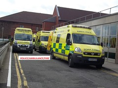 East midlands ambulance service peugeot boxer & x2 vauxhall movano x1 WMAS movano (policeambulancefire(2)) Tags: blue lights pier call first plate ambulance grill led east aid yelp boxer leds service hilo 12 care emergency paramedic peugeot vauxhall midlands 999 sirens wail bullhorn commuity whelen strobes airhorn lightbar responder technican monavo practicioner