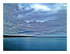 Blue Blue Hawaii (eye of einstein) Tags: hawaii bigisland iphone ipho hilohawaii eyeofeinstein appleiphone iphoneography