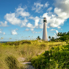 Cape Florida Lighthouse (ffernand) Tags: lighthouse faro florida d300 fbphoto ffernand
