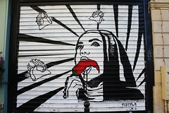 Pistolo_7245 rue de la Folie Mricourt Paris 11 (meuh1246) Tags: streetart paris pistolo ruedelafoliemricourt paris11 rideaumtallique piment