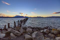 Puerto Natales (Homayra Oyarce G.) Tags: puertonatales magallanes senodeultimaesperanza regindemagallanesylaantrticachilena chile paisajes muelle patagonia provinciadeultimaesperanza costaneradepuertonatales eosrebelt3i surdechile austral tierraaustral ngc