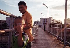 * (Sakulchai Sikitikul) Tags: street streetphotography film kodak leica m6 thailand ttl 085 35mm summicron songkhla boy sunset