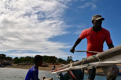 Sailing on a wooden dhow to Kiwla Kisiwani from Kilwa Masoko (9) (Prof. Mortel) Tags: tanzania dhow kilwamasoko kilwakisiwani