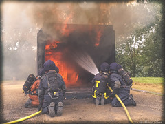 Caisson Observation (Regard sur la photographie par Flavien Smet) Tags: caisson feu incendie pompiers sapeurs lance extinction observation sdis