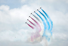 Red White & Blue (Splat Photo) Tags: red arrows eastbourne airbourne airborn