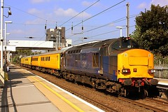 Test Train at Hackney Wick (Chris Baines) Tags: network rail test train hackney wick 37611 37608