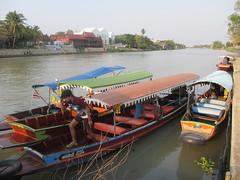 Ayutthaya - Chaophraya River (eltpics) Tags: eltpics thailand ayutthaya boats boatman