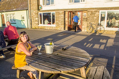 261 - al fresco (md93) Tags: 366 steampacketinn isleofwhithorn pub hotel good food real ale camra wine outisde benches sunshine awards brewery five kingdoms solway scotland galloway machars accommodation jennifer sunset