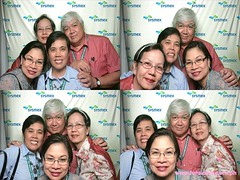 Fotoloco Sysmex Philippines Inc. @ Dusit Hotel Day2_ 040 (FOTOLOCO!) Tags: photobooth greenscreen dusithotel fotoloco onsitesouvenirs photobagtags 61stpspannualconvention sysmexphilippinesinc