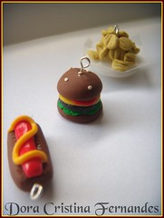 Fast Food Set (Dora Cristina Fernandes) Tags: cute collier necklace pin handmade crafts brooch feitomo artesanal jewelry bijoux bijuteria recuerdo souvenir polymerclay fimo ornaments clay bracelet earrings portachaves crafty acessories colar charms pulseiras brincos pendant keychains fofinho collane manualidades chaveiro amuletos bisuteria acessrios pregadeiras anis cermicaplstica portachiavi polyclay alfinetes lembrancinhas ornamentos orecchini berloques apliques arcillapolimrica argilaplstica porcelanaplstica fimocuties patpolymre