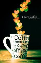 I love coffee :: bokeh 50mm (Nhoj Leunamme == Jhon Emmanuel) Tags: flores love coffee 50mm cafe flickr heart bokeh jonathan desenfoque amo taza corazon emmanuel cupple strobist tarello