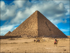 1402 Giza Pyramids (QuimG) Tags: people paisajes art architecture geotagged golden landscapes arquitectura gente egypt olympus pyramids egipto retouch gent giza egipte paisatges retoque retoc aljzah specialtouch quimg quimgranell joaquimgranell afcastell obresdart