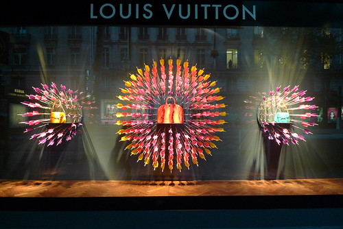 Vitrines Vuitton, Printemps - mai 2012