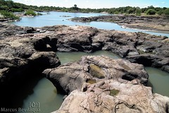 guas Secas - Rio Long (Marcus Bevilaqua) Tags: rio gua fuji natureza vida barragem cerrado barras seca pedra rios piripiri pedras piau teresina viosa riacho piracuruca hs10 riachos barragens