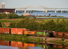 Beautiful Evening (Missabe Road) Tags: bnsf 3702 nonamecreek 3701 mp15 papermillswitch