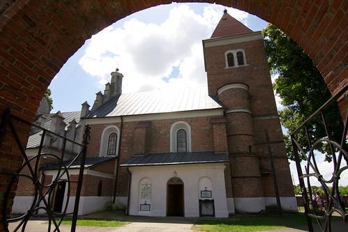 Kościół św. Stanisława w Luszynie od północy