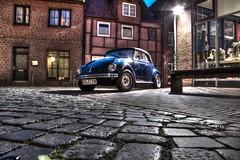 Volkswagen (der_Andr) Tags: blue vw bench volkswagen beetle kirche bank andre cobblestone blau altstadt std cabrio andr hdr kfer cabriolet buxtehude kaefer kopfsteinpflaster photomatix canoneos60d derandr frenzelsladen